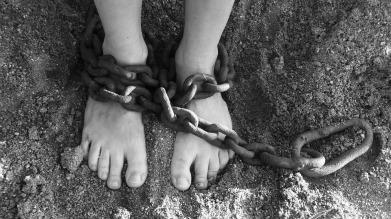 chains-19176_960_720.jpg